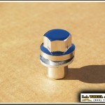 Solid One Piece Land Rover Replacement Lug Nuts