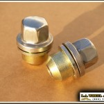 Land Rover Polished Lugs 16 x 1.5 x-large LN3550F