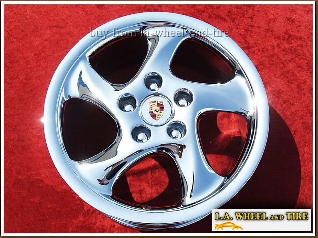 Single 18x8 52mm Porsche 911 Carrera 2S / 4S solid spoke OEM 67226