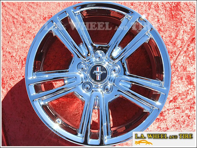 "Ford Mustang OEM 17"" Set of 4 Chrome Wheels"