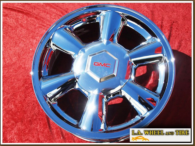 "GMC Envoy OEM 17"" Set of 4 Chrome Wheels"
