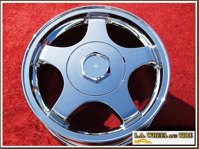 "Chevrolet Impala / Monte Carlo OEM 16"" Set of 4 Chrome Wheels 5082"