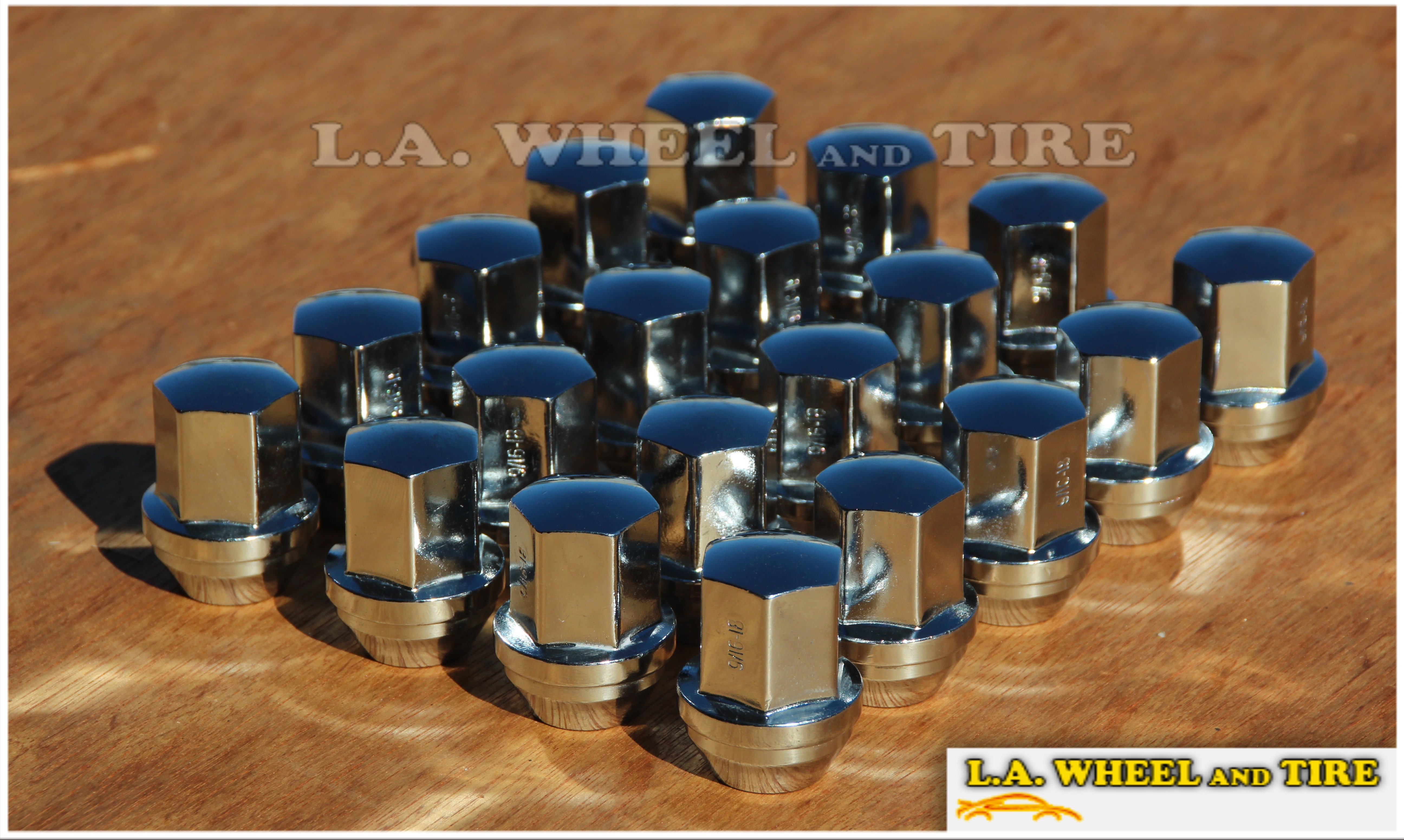 Set of 20 9/16 New Solid 1-Piece DODGE Chrome Wheel Lug Bolts / Nuts LN3800