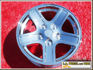 "Dodge Durango OEM 17"" Set of 4 Chrome Wheels 2212"